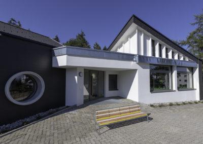 Eingang und Fenster Kindergarten Reidholz Richterswil