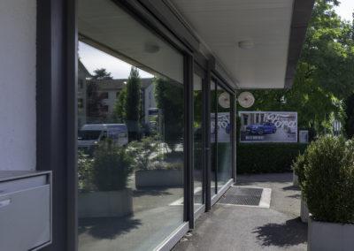 Front mit Verglasung, Bürogebäude, Schaub Maler AG, Oerlikon