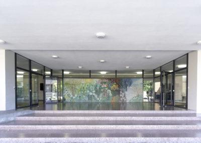 Haupteingangsfront, Schulhaus Steinacker, Au 01
